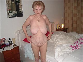 0011 Nude pussies of mature grannies