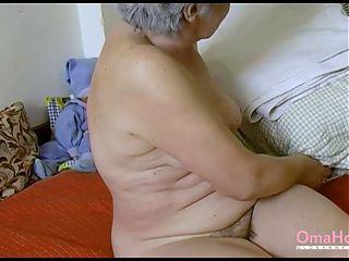 OMAHOTEL Amateur Grandma Playing Alone