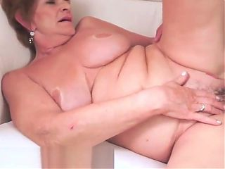 Bigbooty grandma riding on a huge cock