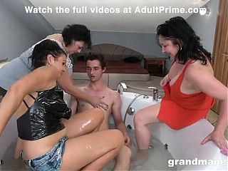 3x Old Young Reverse Gangbang