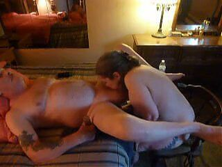 servicing my husbands prostate and sucking his cock off and cim